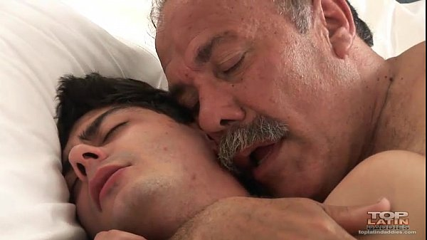 Dad-seduced-by-young-man