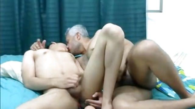 Elderly & Youthfull Fag Latino Duo
