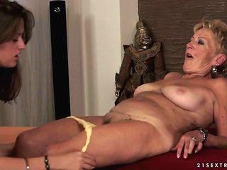Youthfull Vaginas Vs Senior Beavers Movie